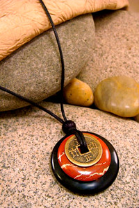 Earth & Art Pendant Stone Jewelry - Black Jasper & Red Jasper