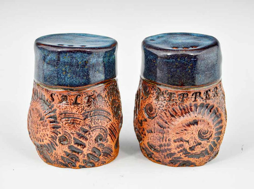 Salt & Pepper Shakers in Blue Shell Design