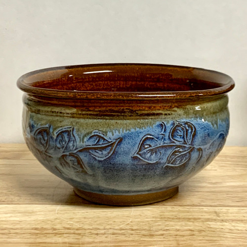 Carved Leaf 8 In. Diameter Serving Bowl Blue and Iron Red