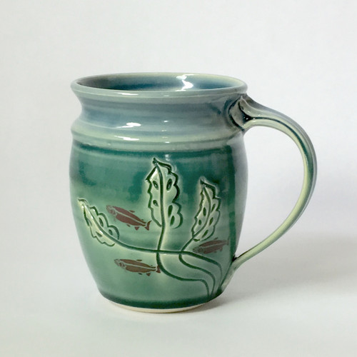 Carved Leaf Round Mug with Fish images in Shadow Blue and Green 14 oz