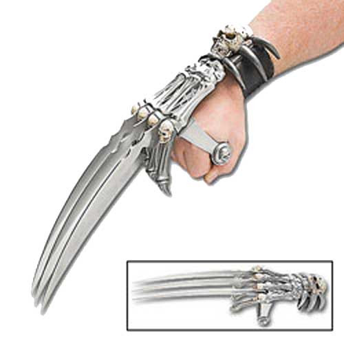 Skull of Death Gauntlet Hand Wolverine Claw Blades Grip Dagger 17in