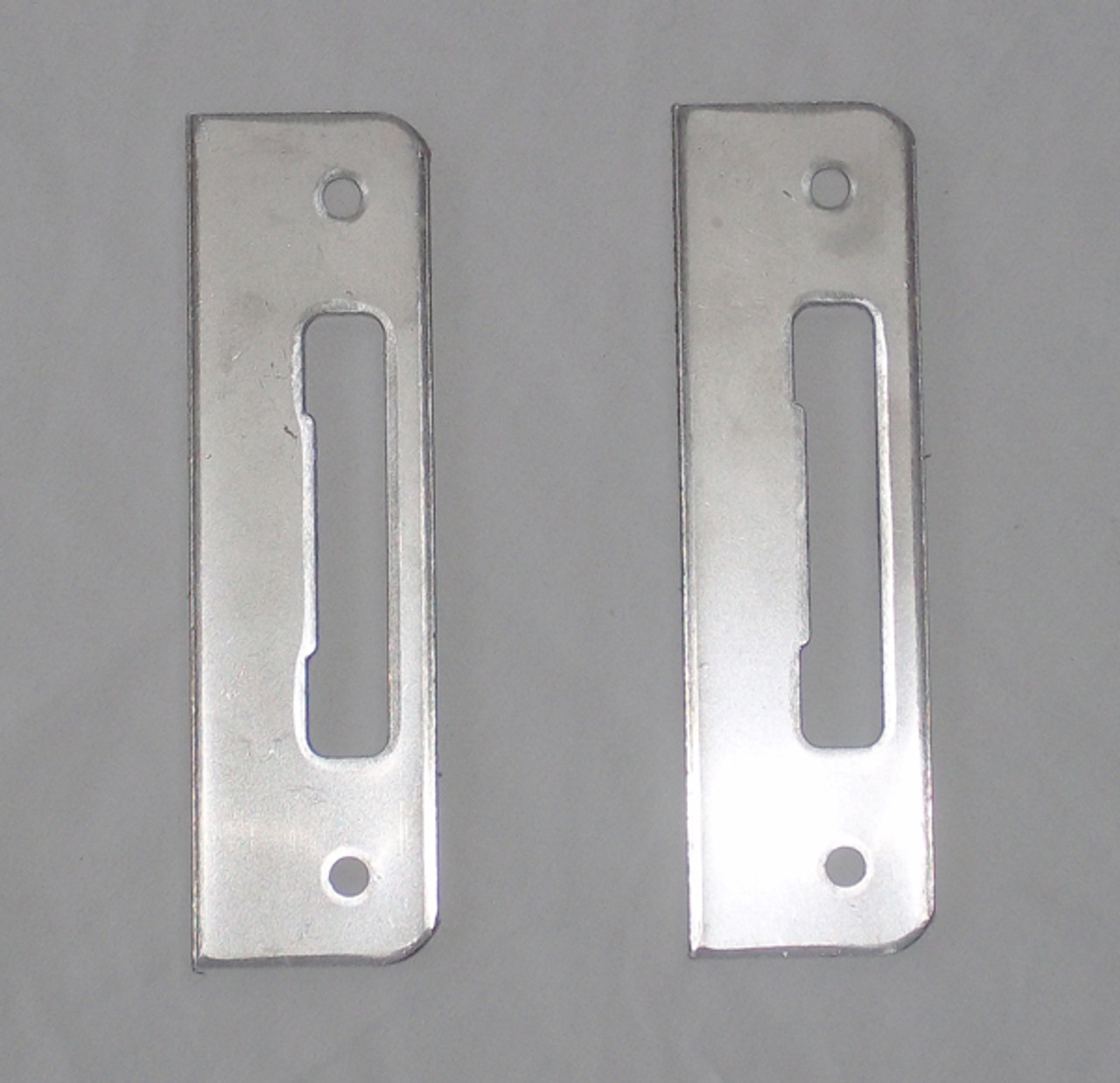Tongue latch strike plate pair for 3-point lock