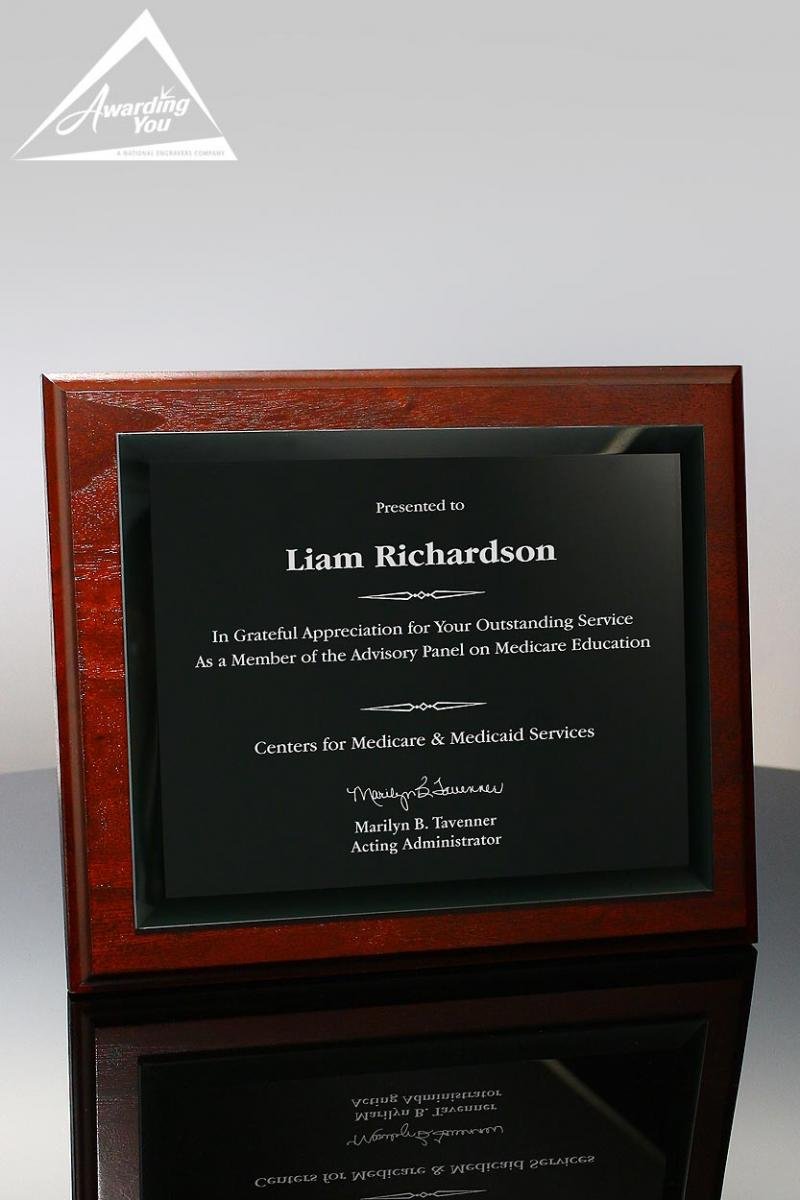 Plaques are an excellent way to memorialize honorees