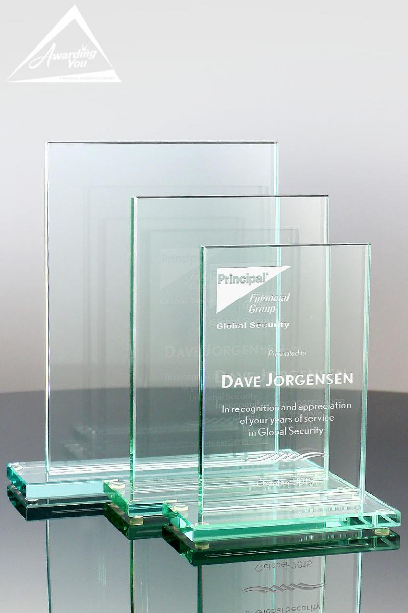 One of our top sellers, the Applause Jade Glass Award is an affordable option for recognizing customer service team members