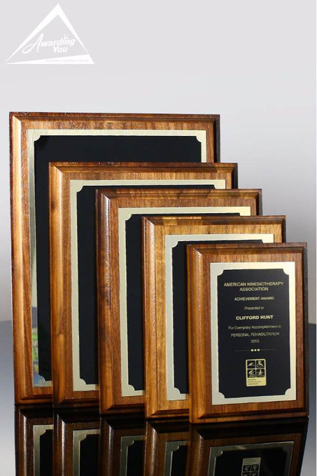 Goldwell Leadership Plaque Family View