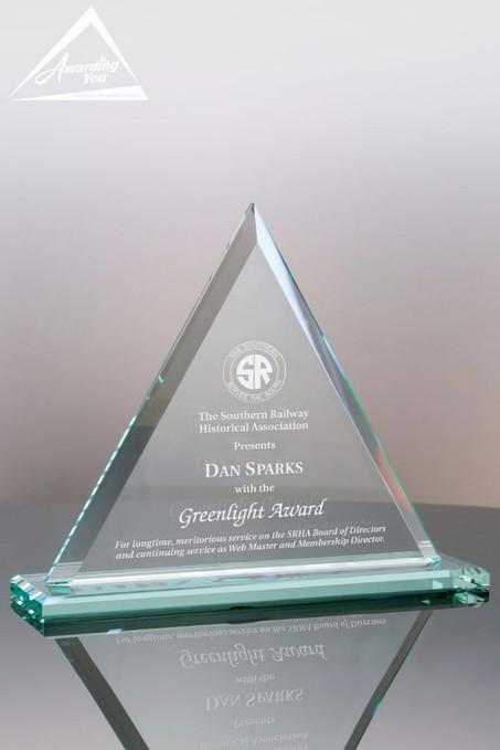 Jade Triangle Award Makes a Great Sales Award