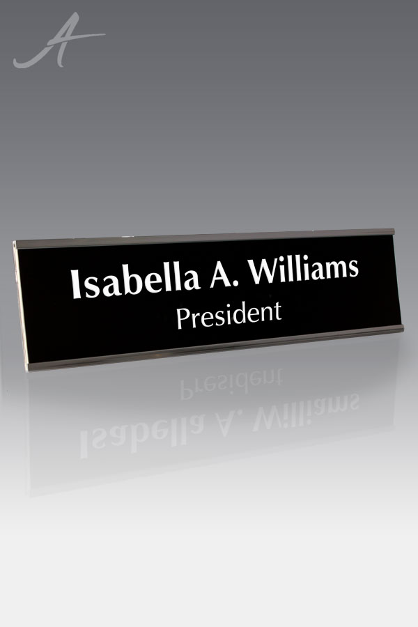 """Wilson Wall Plate Silver 2"""" x 8"""" holder w/black and white slide"""