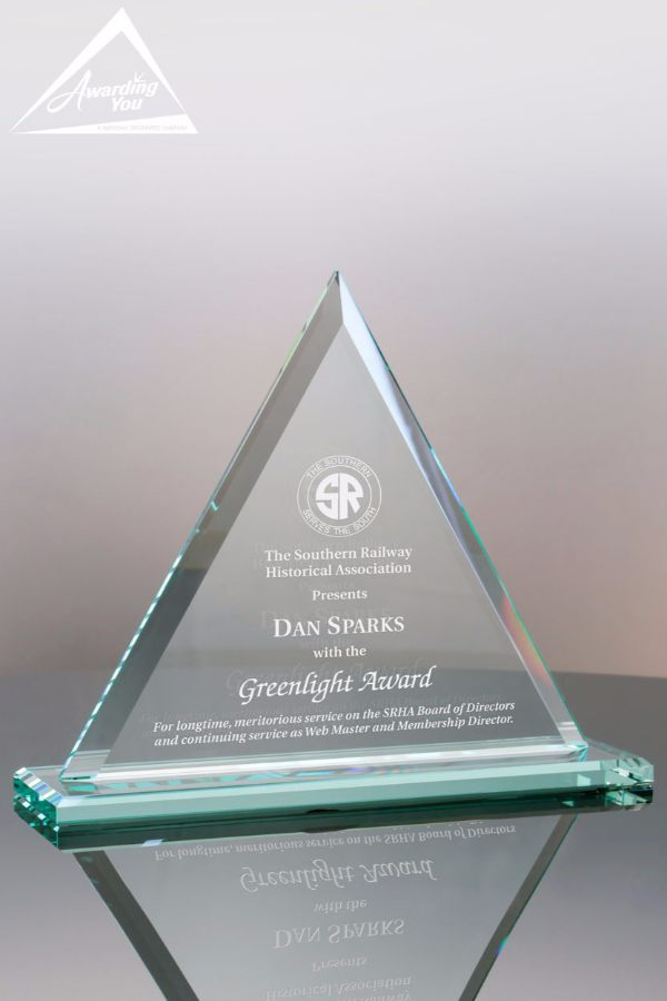 Jade Triangle Award Makes a Great Sales Award