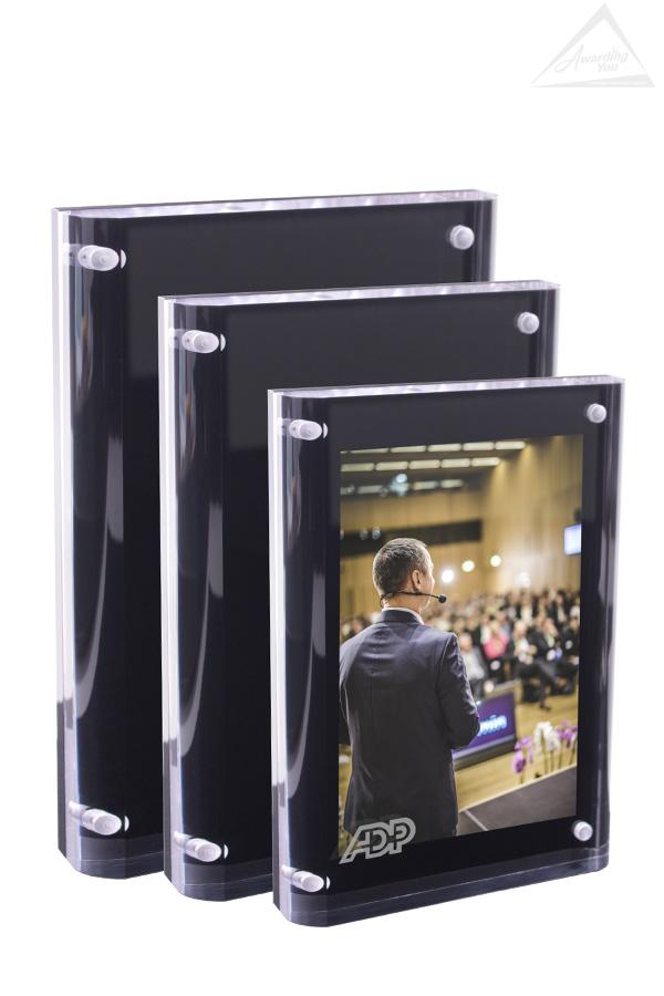 Magnacrylic Plaques