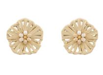 Flower Power Button Earring, Natural