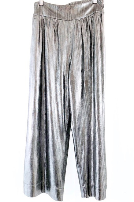 Crosby Dorothy Pant, Heavy Metal