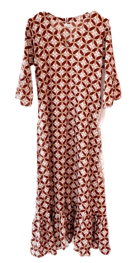 Livro Ruffle Hem Dress, Mocha Geo