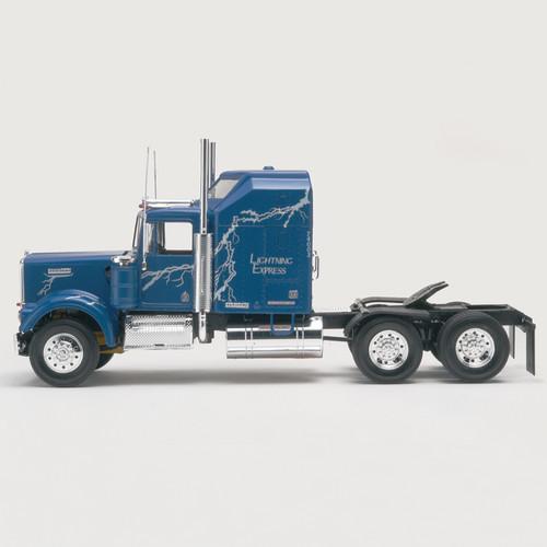 Revell 851507 1/25 Kenworth W900 Semi Tractor Model Kit