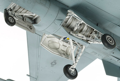Tamiya 60786 1/72 F-16 CJ Fighting Falcon Plastic Model Airplane Kit