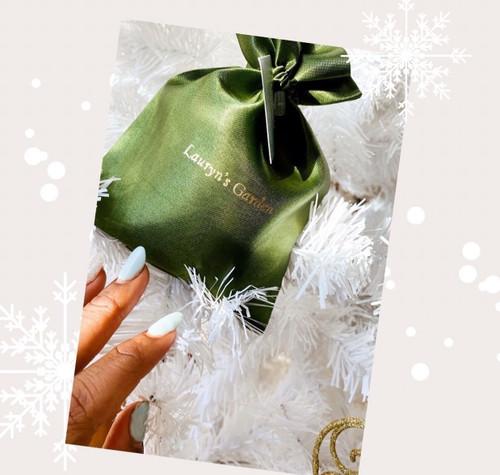 plant based lip oil packaging