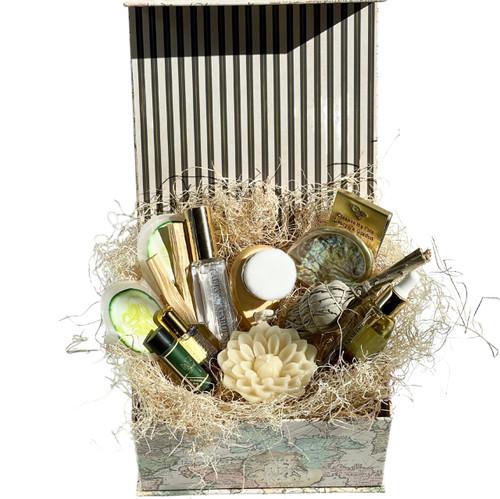 Gift Set- World Traveler Box (large)