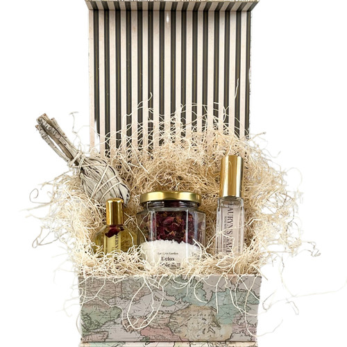 Mother's Day  Gift Set- World Traveler Gift Set (small)