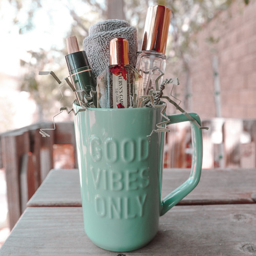 """""""Good Vibes Only""""- Mug Gift Set (Green)"""