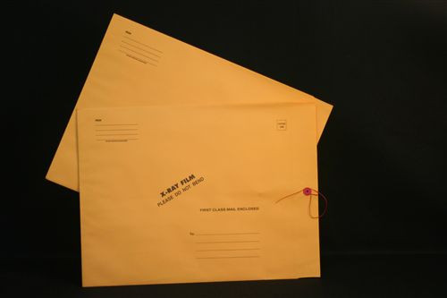 Medical Folder Chipboard X-Ray Film Mailers.  32 lb. Brown Kraft Stock.  Button and String Closure.  Print Style J.  50 Mailers per Carton.  Size 15 X 18.  Includes rigid chipboard insert.