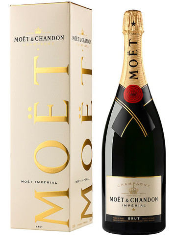 Moet & Chandon Brut NV In Gift Box (75cl)