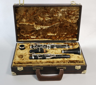 SELMER PROLOGUE Bb CLARINET (MADE IN FRANCE) - REFURBISHED