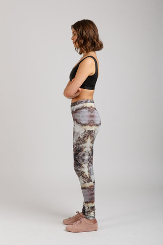 Virginia Leggings by Megan Nielsen | Blackbird Fabrics