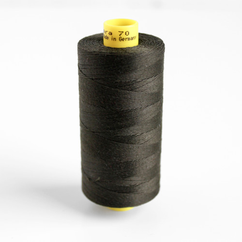 Gütermann Mara 70 Topstitching Thread - Olive Drab #678 | Blackbird Fabrics