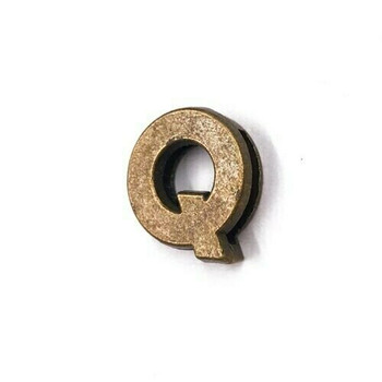 Base Metal Letter Beads | Q | Sold by Each | XZ240-Q