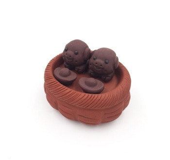 Yixing Tea Pet | Little Pig Friends | Terracotta | 88807