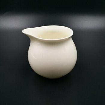 White Porcelain GongDao Sharing Pot |  TWA15