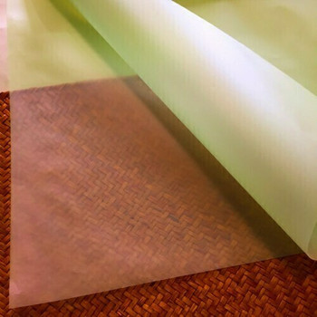 Vellum Paper | Lime Green |  79x54.5cm |  VP79109-05