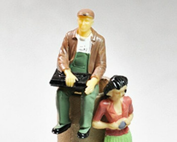 Scale Model Figures Set of 2   1:30 (55mm)   Seated Painted  Sold by 2Pc/Set   AM0034A
