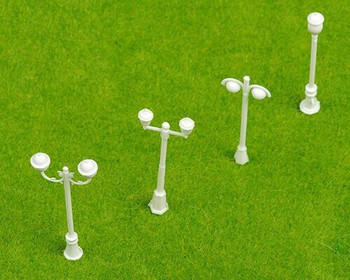 Scale Model Street Light 4Pc | 1:75 (48-54mm) | White | Sold by 4Pc/Pk | AM0061