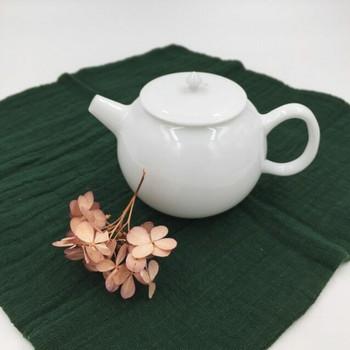 Round Porcelain Teapot   Flat Lid   H190648