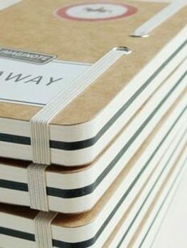 "Road Signs ""Slowdown"" Sketchbook | 18.5x12cm | 256 Black & White Pages | JI0004"