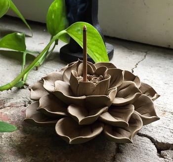 Flower Incense Holder   Large Clay Lotus   H20201381