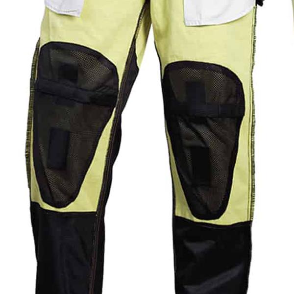 scorpion helmet Knees pockets have Hook-and-loop adjustability to accomodate armor