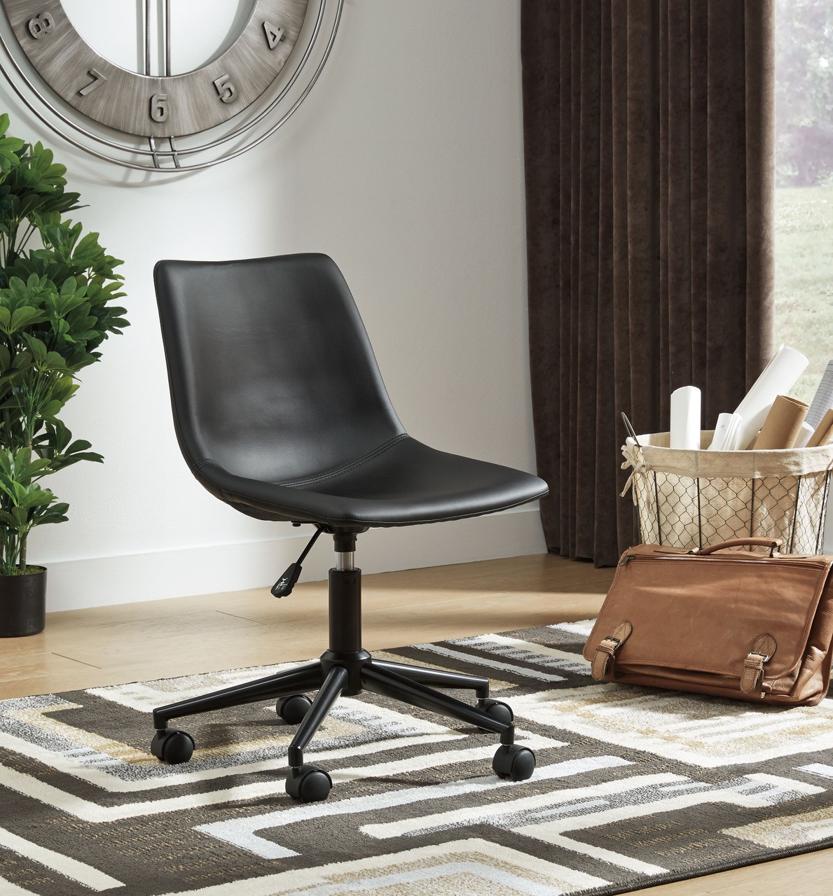 The Office Chair Program Black Home Office Swivel Desk Chair Available At Dayton Discount Furniture Serving Vandalia Kettering And Springfield Ohio