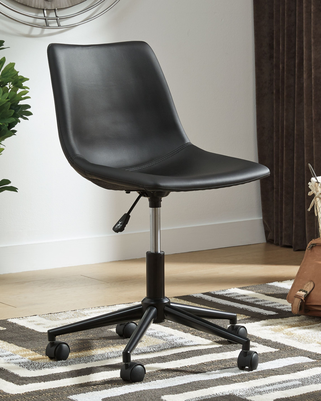 The Arlenbry Gray Home Office Small Desk Swivel Desk Chair Available At Dayton Discount Furniture Serving Vandalia Kettering And Springfield Ohio