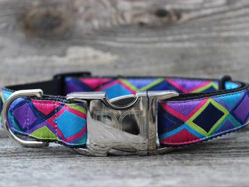 Tanzania dog Collar - by Diva-Dog.com - shown in dark