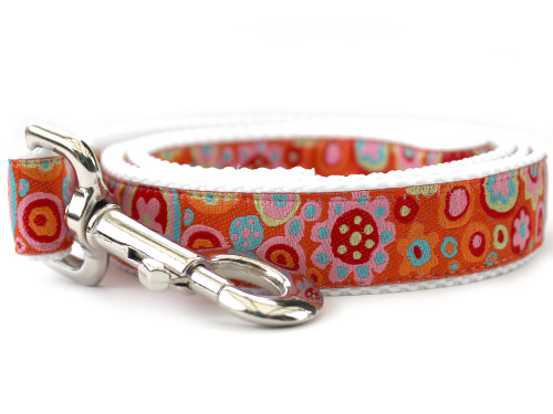 Ibiza Gumdrop Dog Leash - by Diva-Dog.com shown in the bright color palette