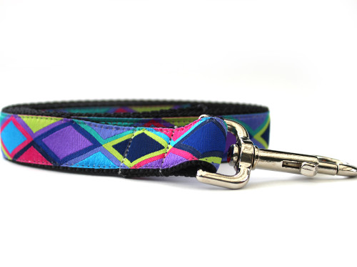 Tanzania dog Leash - by Diva-Dog.com shown in the dark palette of colors by www.diva-dog.com