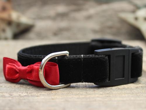 Bowtie Red cat collar by Diva-Dog.com