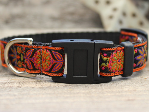 Venice Ink cat collar by Diva-Dog.com