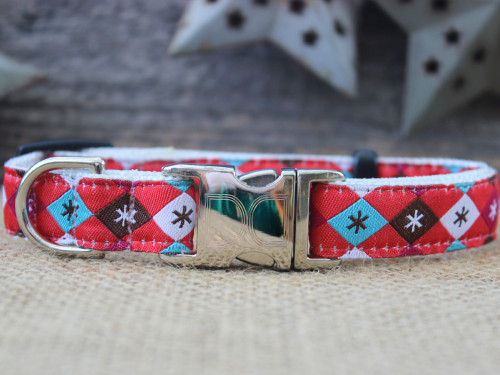 A Very Jetsons Christmas dog collar by www.diva-dog.com