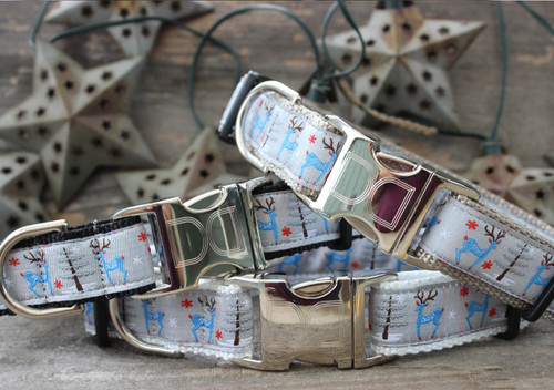 Reindeer Romp dog collar available with white, silver or black nylon. By www.diva-dog.com