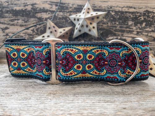Kashmir dog collar in Temple Red - by www.diva-dog.com