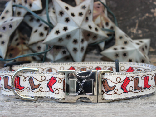 Boots dog collar by www.diva-dog.com