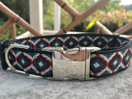 Midnight Lantern dog collar by www.diva-dog.com