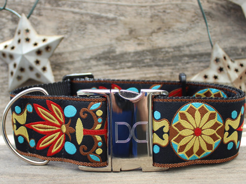 Mandala Star dog collar in Parisian Deco - by www.diva-dog.com